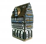 Керамический дом с антикварным магазином