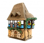 Сувенирный домик в бретонском стиле