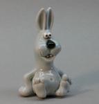 керамическая фигурка заяц