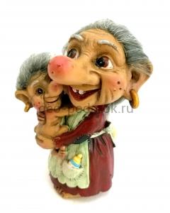 тролль мама с ребенком